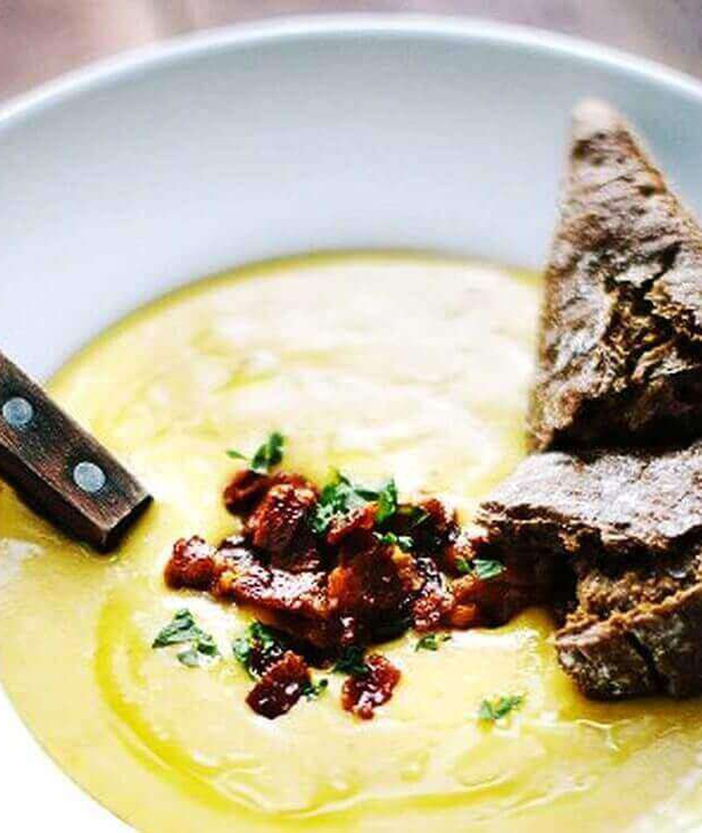 zupa krem z ziemniaków, krem ziemniaczany, krem ziemniaczany z bekonem, szybki obiad, zupa krem, rozgrzewająca zup krem, dodatki do zupy, co do zupy, obiad dla dzieci, danie jednogarnkowe, Marta Greber