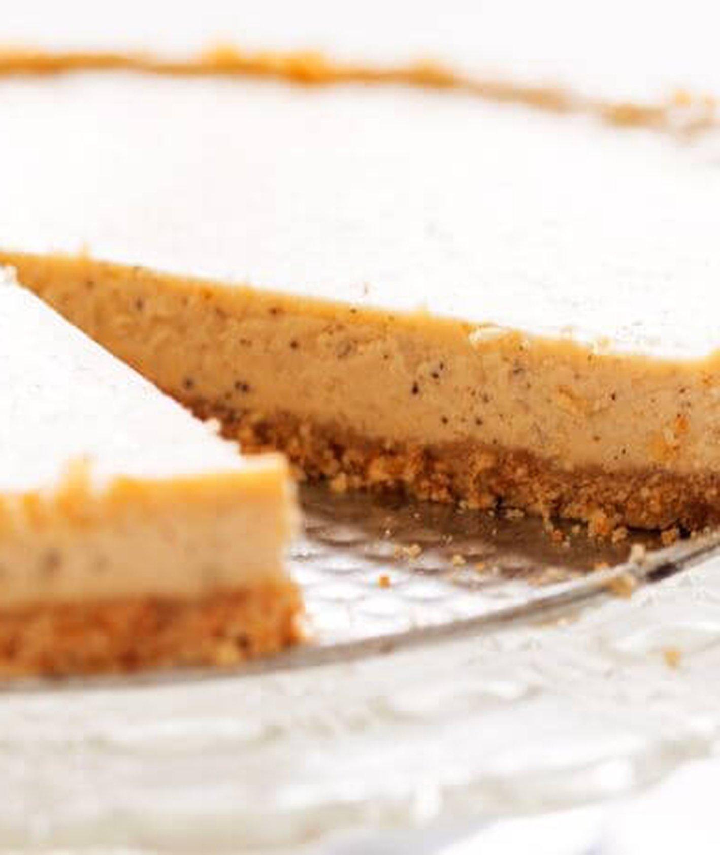 sernik z palonym masłem, sernik nowojorski, sernik, klasyczny sernik, ciasto na niedzielę, tradycyjne słodycze