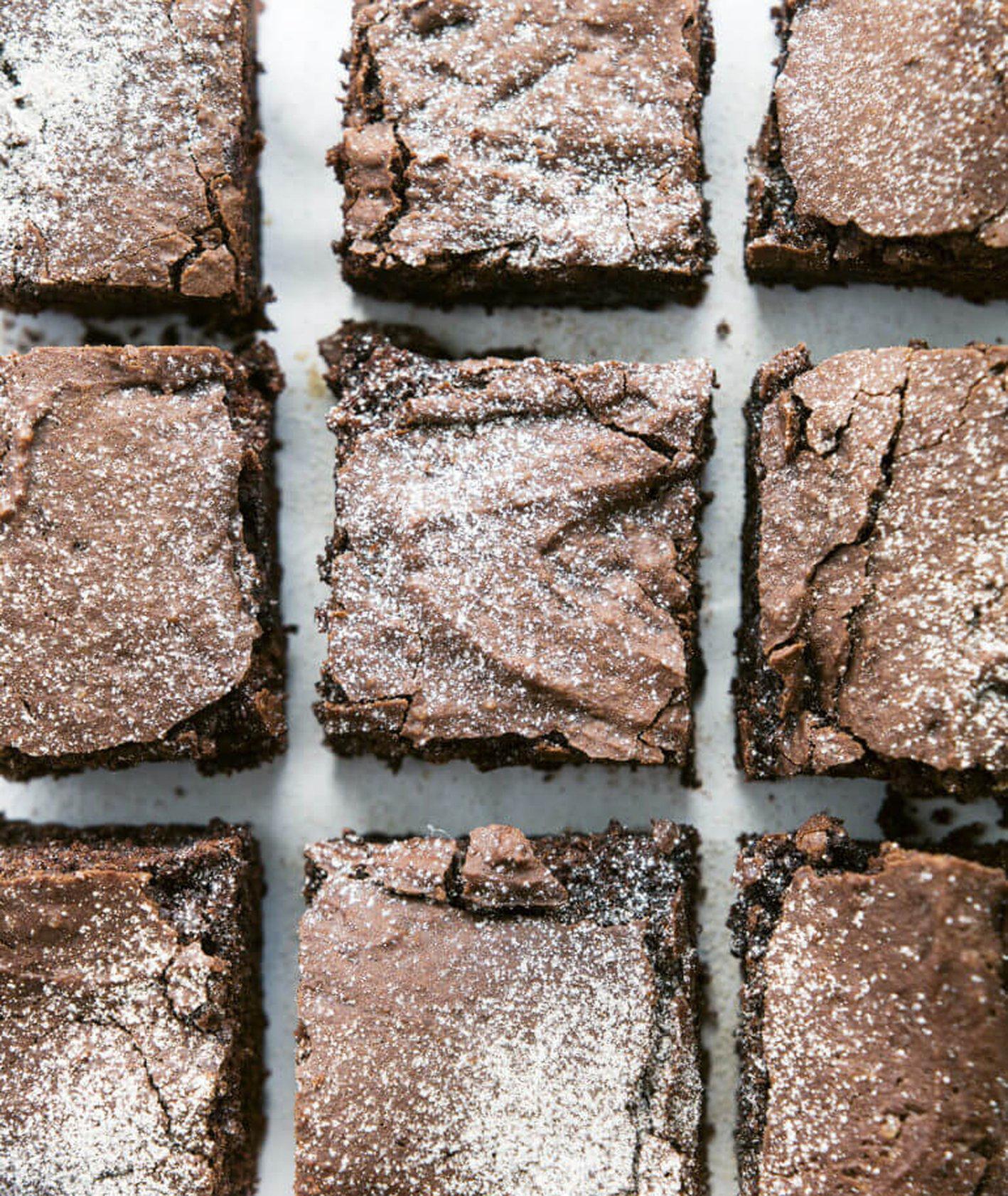 wegańskie brownie z batatów, brownie, idealne brownie, brownie Jadłonomia, Jadłonomia, Marta Dymek, roślinne brownie, ciasto z warzywami, ciasto z batatami, czekoladowe ciasto z batatami, zdrowy deser