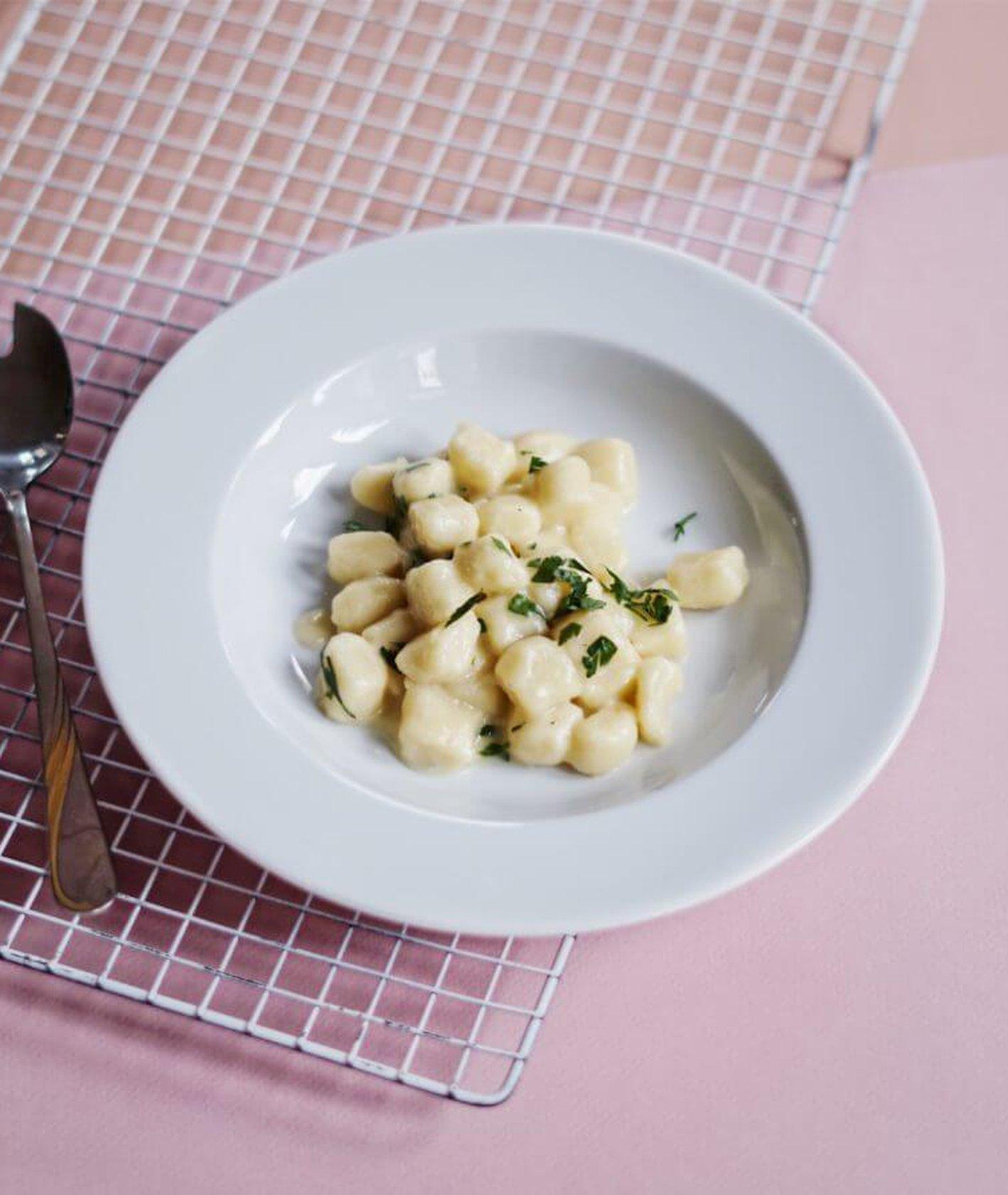 włoskie gnocchi, gnocchi, kluski, kluski w europie, przewodnik kulinarny po europie, jakie kluski w europie, kuchnia włoska