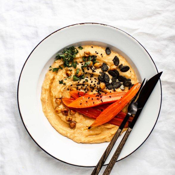 hummus z dynią, hummus z pieczoną marchewką, domowy hummus, jak zrobić hummus, hummus idealny, hummus dyniowy, zdrowy hummus, pasta do chleba, kuchnia libańska