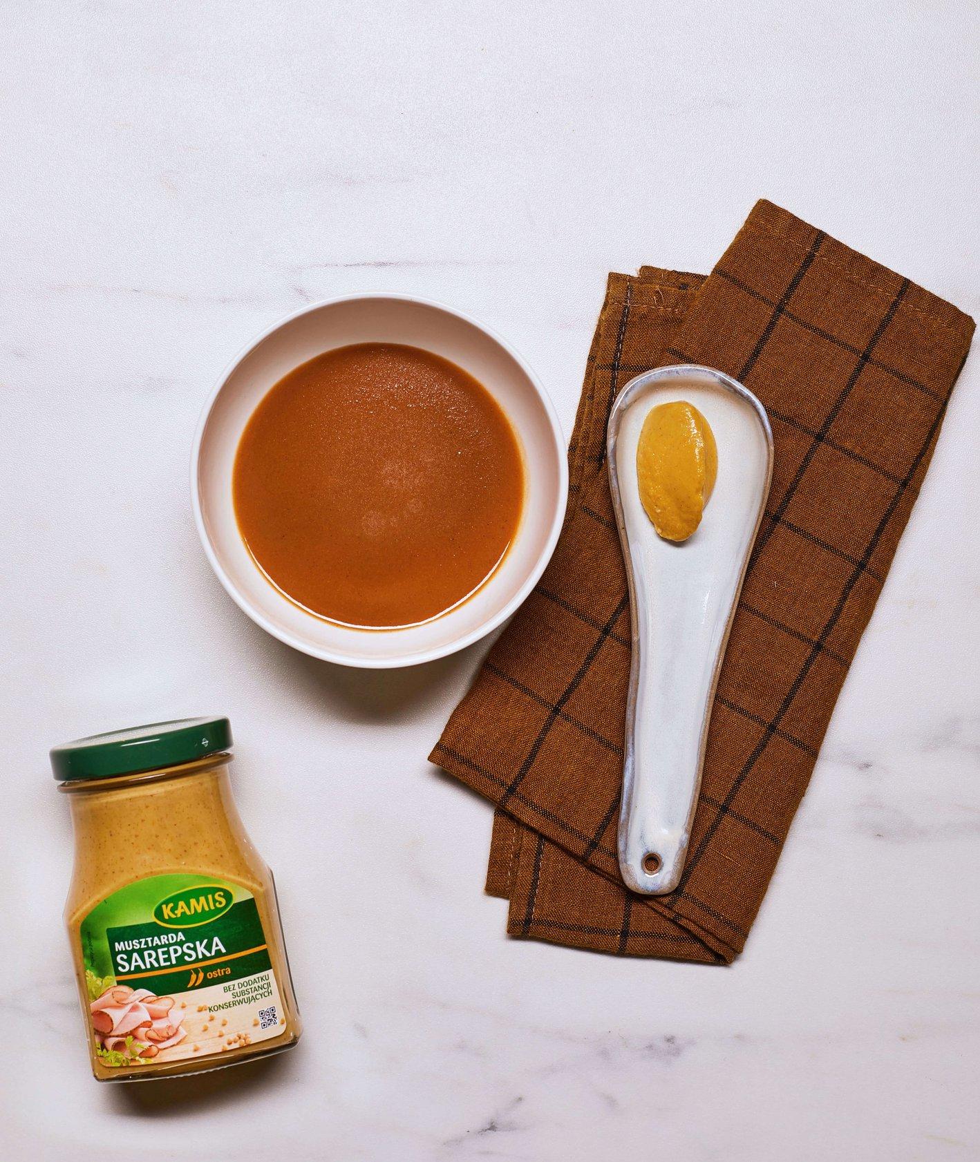 Cebulowy sos pieczeniowy (fot. Maciek Niemojewski)