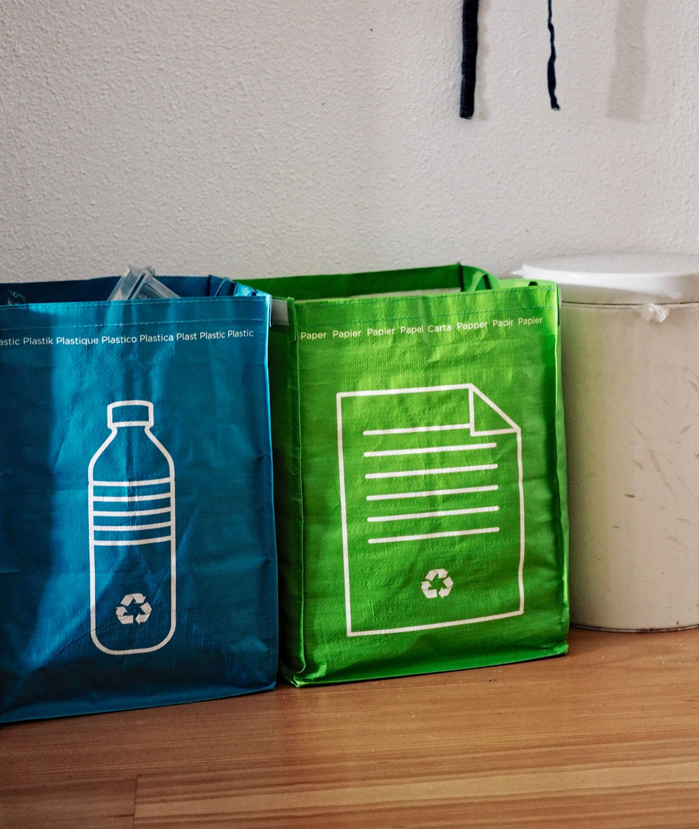 Eko torby na śmieci do segredowania odpadków (fot. Eric de Redelijkheid)