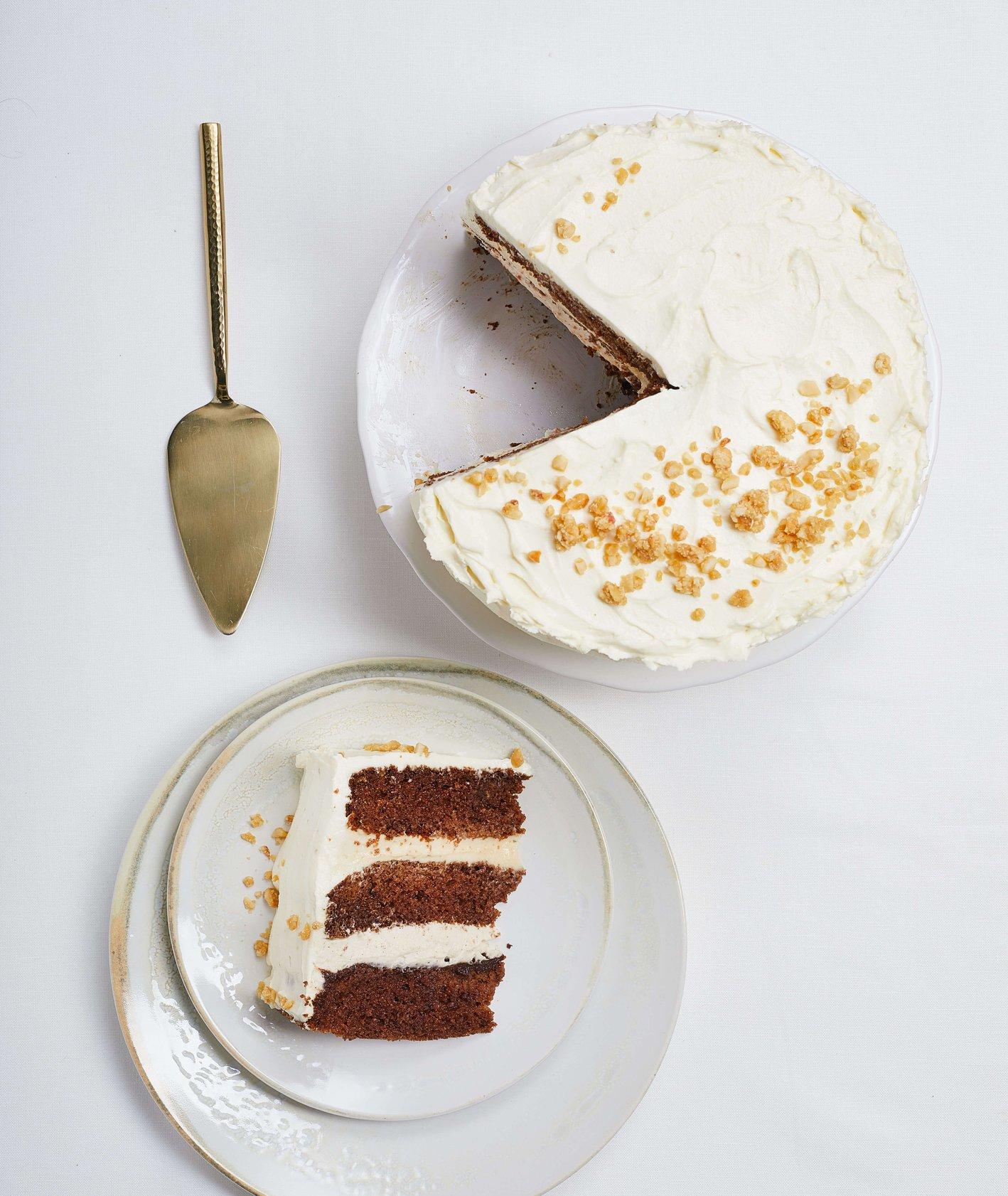 Tort piernikowy z orzechami i korzennymi przyprawami (fot. Maciek Niemojewski)