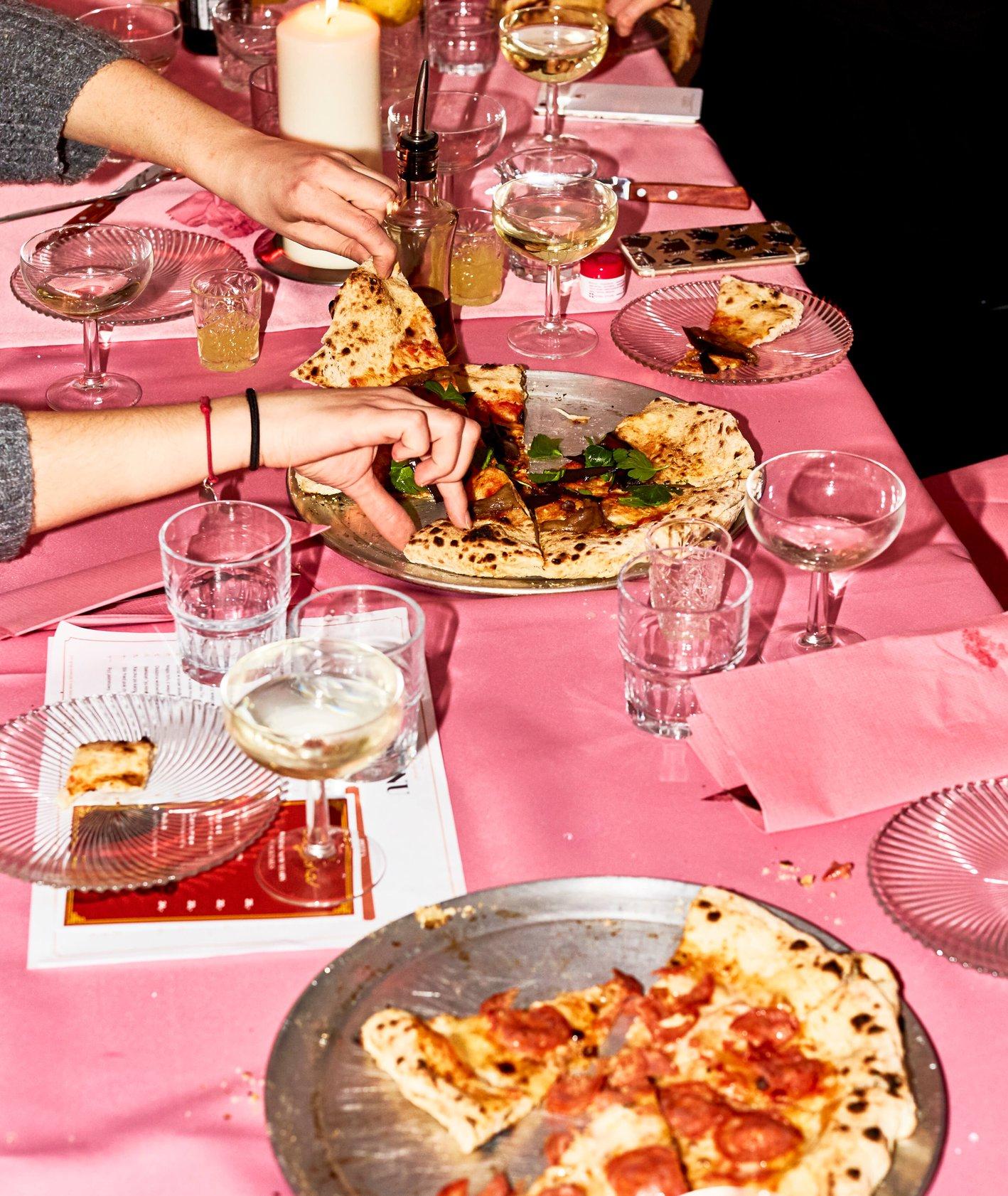 Pizza nowojorska – Regina w Warszawie otwarta do późna